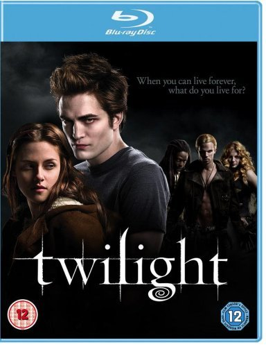 Twilight (2008) 720P BluRay Dual Audio[Hindi-English]
