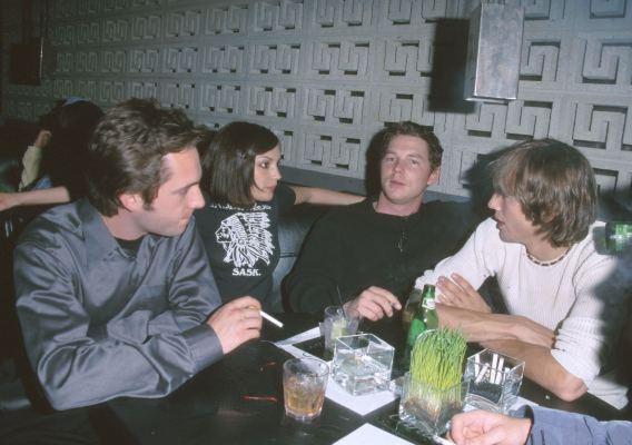 Rachael Leigh Cook, Shawn Hatosy, and Ashton Kutcher