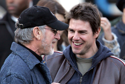 Tom Cruise and Steven Spielberg at War of the Worlds (2005)