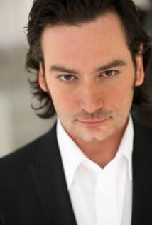 Constantine Maroulis Picture