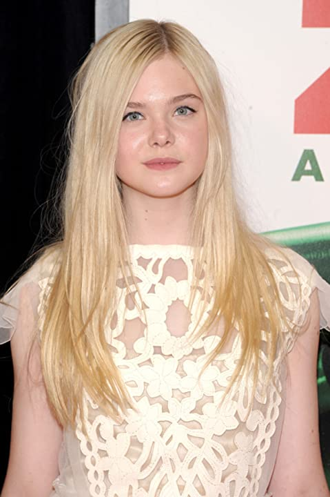 Elle Fanning at We Bought a Zoo (2011)