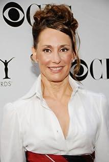 Aktori Laurie Metcalf