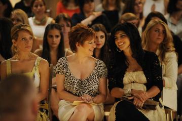 Caroline Manzo, Dina Manzo, and Teresa Giudice in The Fashion Show (2009)