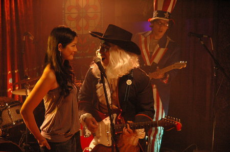 Lynn Chen and James Kyson in White on Rice (2009)