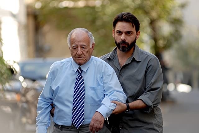 Peyman Moaadi and Ali-Asghar Shahbazi in A Separation (2011)