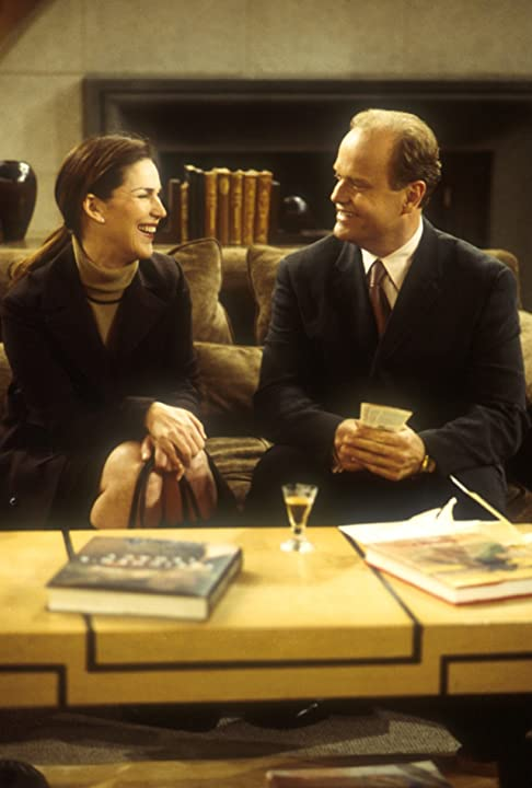 Kelsey Grammer and Peri Gilpin in Frasier (1993)