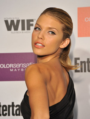 AnnaLynne McCord at event of The 61st Primetime Emmy Awards