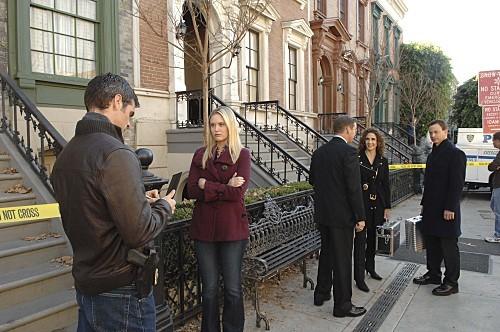 Gary Sinise, D.B. Sweeney, Melina Kanakaredes, Eddie Cahill, and Sophie Sinise in CSI: NY (2004)