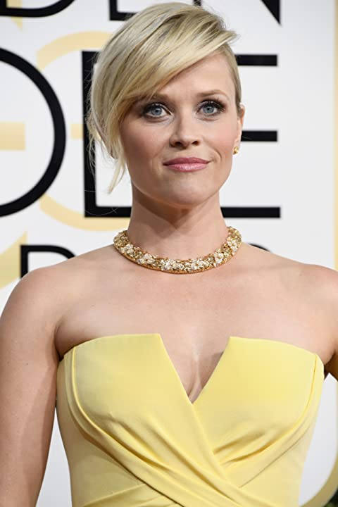 Reese Witherspoon at an event for The 74th Golden Globe Awards (2017)