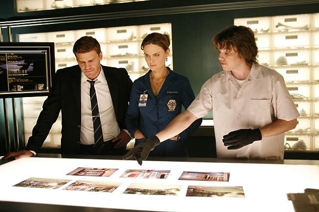 David Boreanaz, Emily Deschanel, and Eric Millegan in Bones (2005)
