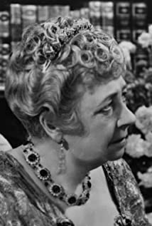 dame may whitty pictures