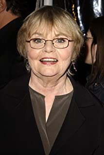 June Squibb Picture