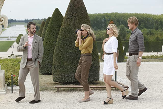 Owen Wilson, Michael Sheen, and Rachel McAdams in Midnight in Paris (2011)