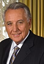 Bob Gunton's primary photo