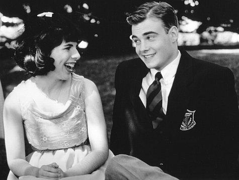 Heather Matarazzo and Robin Dunne in All I Wanna Do (1998)