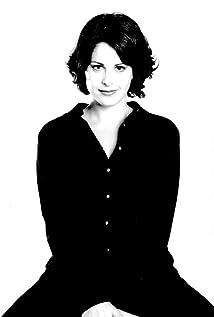 Aktori Nicole Leroux