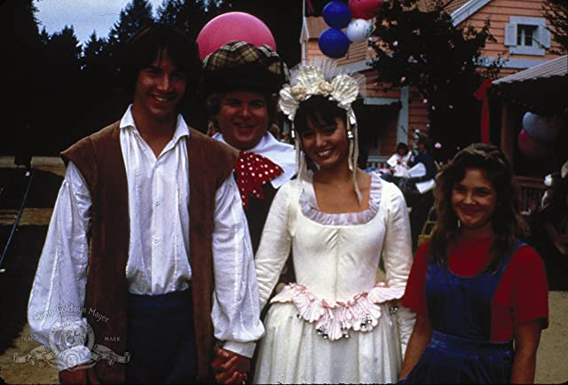 Drew Barrymore, Keanu Reeves, and Jill Schoelen in Babes in Toyland (1986)