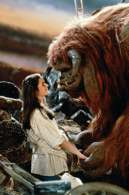 Jennifer Connelly and Rob Mills in Labyrinth (1986)