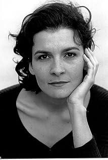 Aktori Louise Lemoine Torrès
