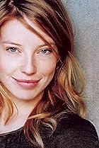 Image of Joanna Douglas