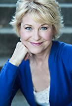 Dee Wallace's primary photo