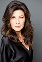 Daphne Zuniga's primary photo