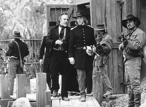 Matt Letscher and Stuart Wilson in The Mask of Zorro (1998)