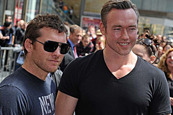 Kevin Durand, Sam Worthington at Russell Crowe's