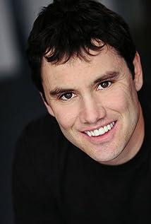 Aktori Casey Pieretti