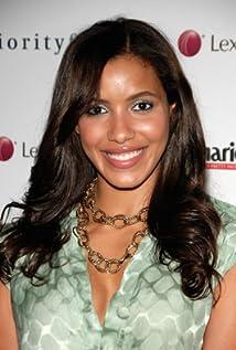 Aktori Julissa Bermudez
