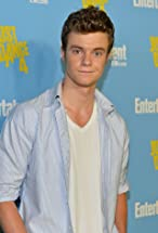 Jack Quaid's primary photo
