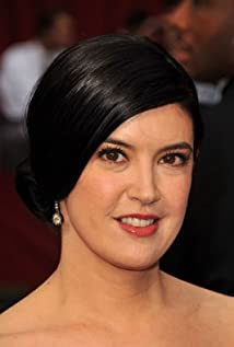 Phoebe Cates Picture
