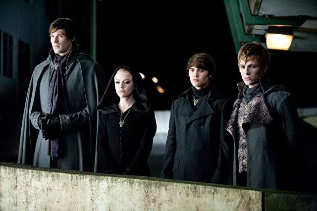 Dakota Fanning, Cameron Bright, Daniel Cudmore, and Charlie Bewley in The Twilight Saga: Eclipse (2010)