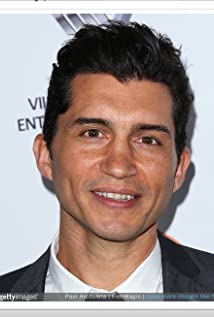 Aktori Joey Vieira