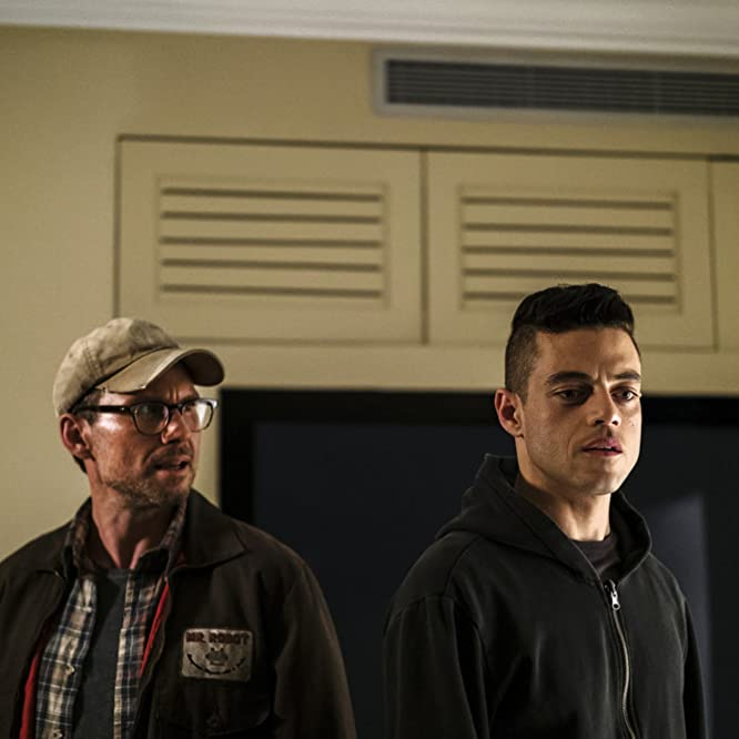 Christian Slater and Rami Malek in Mr. Robot (2015)