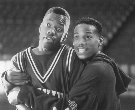 Marlon Wayans and Kadeem Hardison in The Sixth Man (1997)