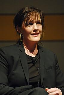 Zoe Heller Picture