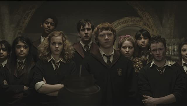 Alfred Enoch, Rupert Grint, Matthew Lewis, Devon Murray, Emma Watson, Georgina Leonidas, Afshan Azad, Shefali Chowdhury, Jessie Cave, and Isabella Laughland in Harry Potter and the Half-Blood Prince (2009)