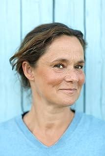 Aktori Pernilla August