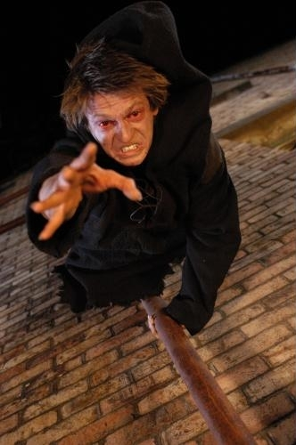 Leo Gregory in Perfect Creature (2006)