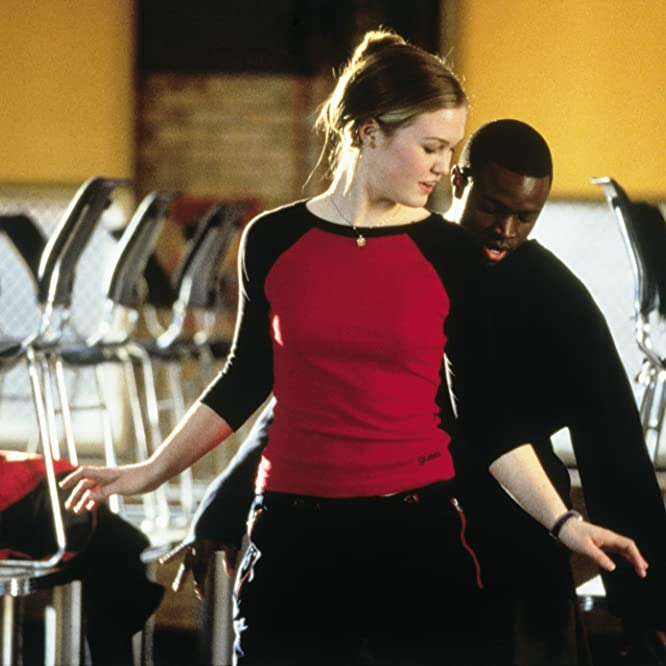 Julia Stiles and Sean Patrick Thomas in Save the Last Dance (2001)