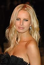Karolina Kurkova's primary photo