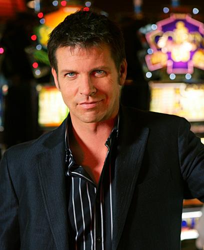 Lloyd Owen in Viva Laughlin (2007)