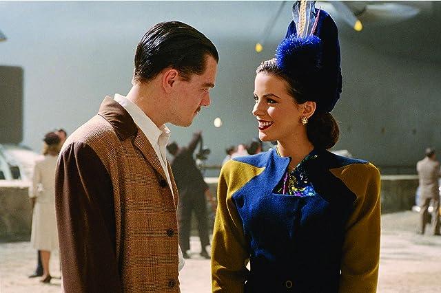 Leonardo DiCaprio and Kate Beckinsale in The Aviator (2004)