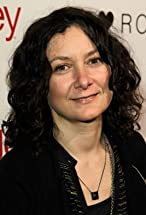 Sara Gilbert's primary photo