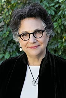 Roberta Grossman Picture