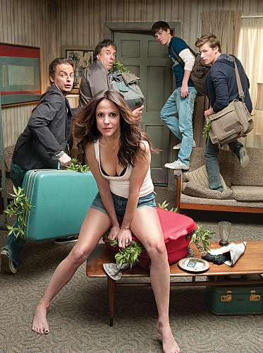 Mary-Louise Parker, Justin Kirk, Kevin Nealon, Alexander Gould, and Hunter Parrish in Weeds (2005)