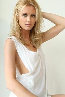 Aktori Celesta Hodge