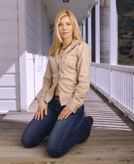 Stephanie Niznik in Life Is Wild (2007)
