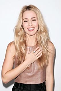 Alona Tal Picture